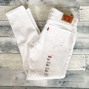 Levi's | NWOT White 535 Super Skinny Jeans 30